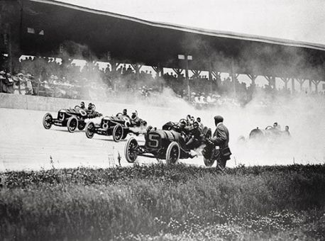 Indianapolis-500-1911-race-2